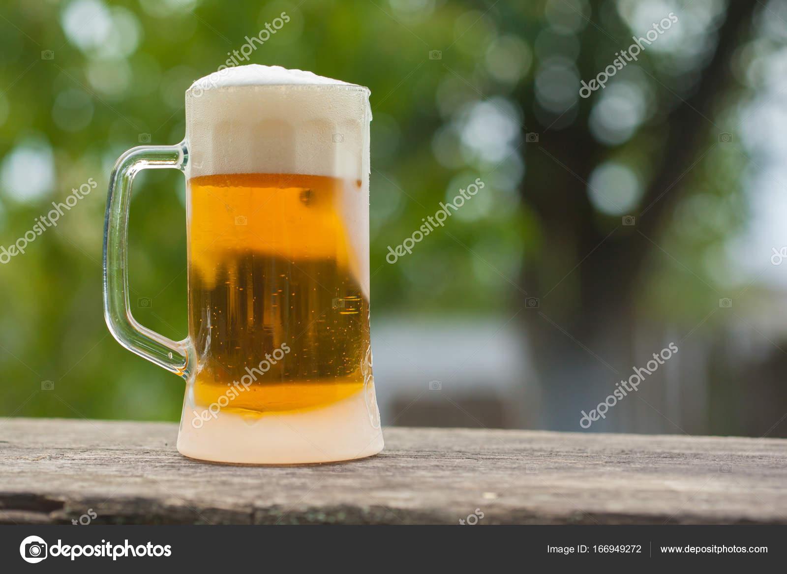 軽いビール一杯 — ストック写真 ...