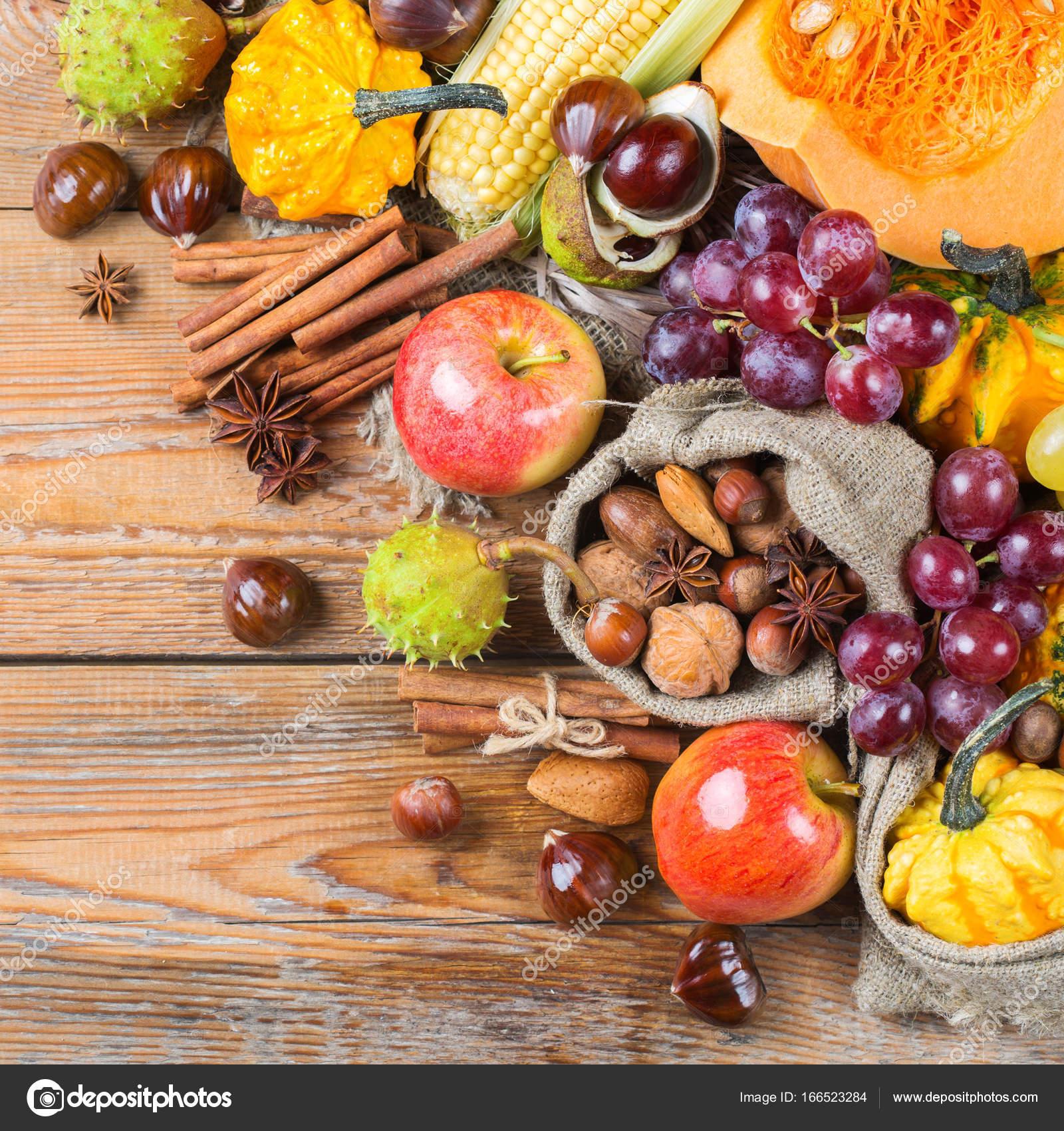 Herbst Herbst Ernte Hintergrund Mit Kastanien Kurbis Apfel Mais