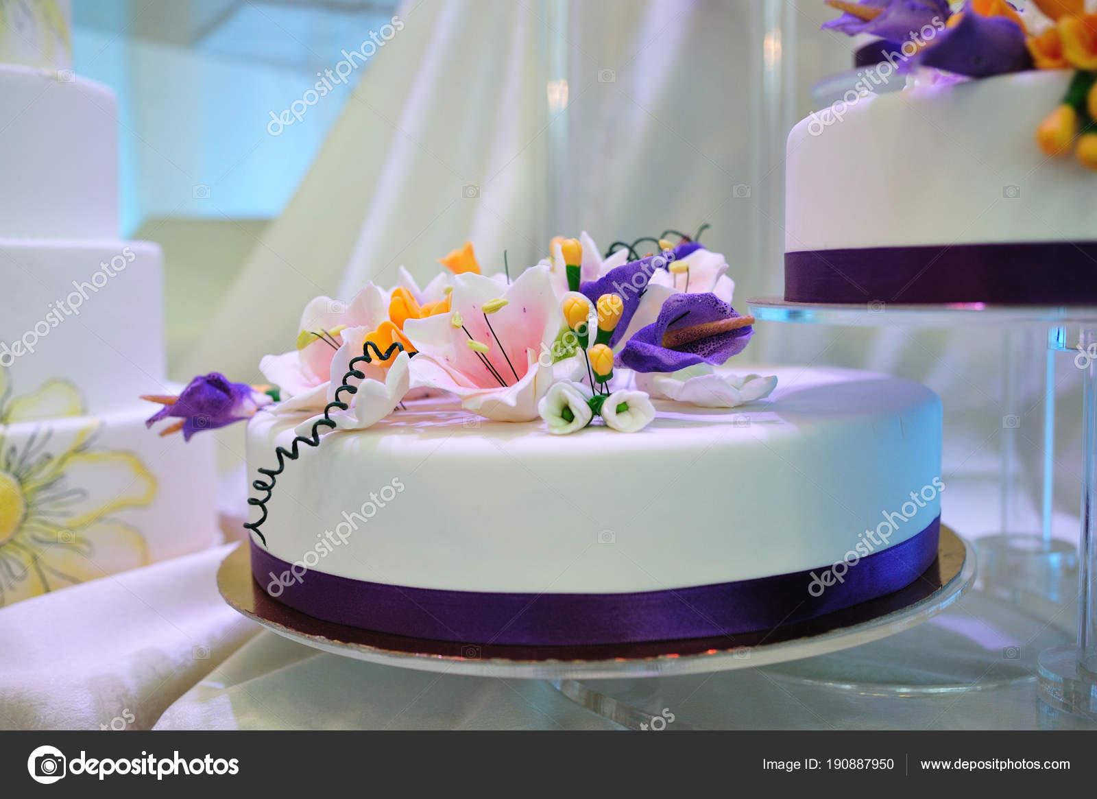 Gâteau Mariage Vitrées Avec Chocolat Blanc Beau Gâteau Glacé