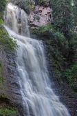 Wasserfall Mädchen Tränen Tal Jets-oguz. issyk kul, kyrgyzst