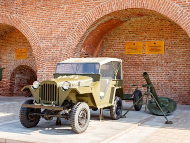Russia, Nizhny Novgorod - August 21, 2017: Museum of military equipment of the Novgorod Kremlin. GAZ-67B and 120-mm regimental mortar