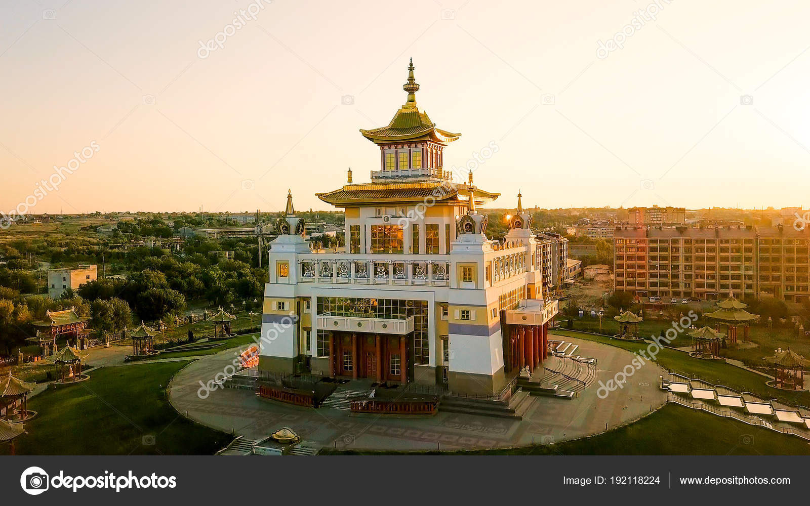 The largest temple in Russia 88