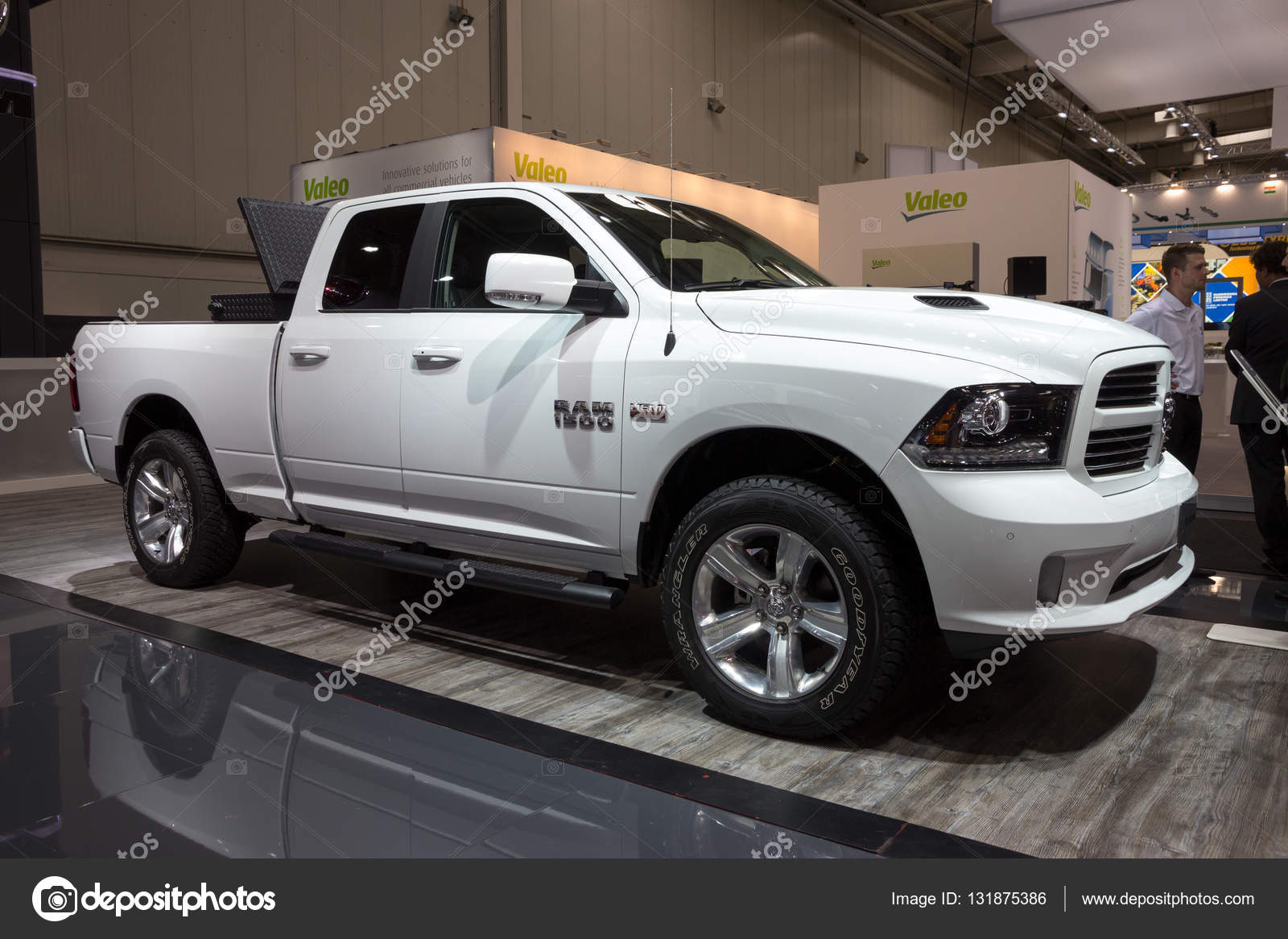 Dodge Ram 1500 Stock Editorial Photo Foto Vdw 131875386 Motor Hannover Germany Sep 21 2016 New Pickup Truck Presented At The International Show For Commercial Vehicles