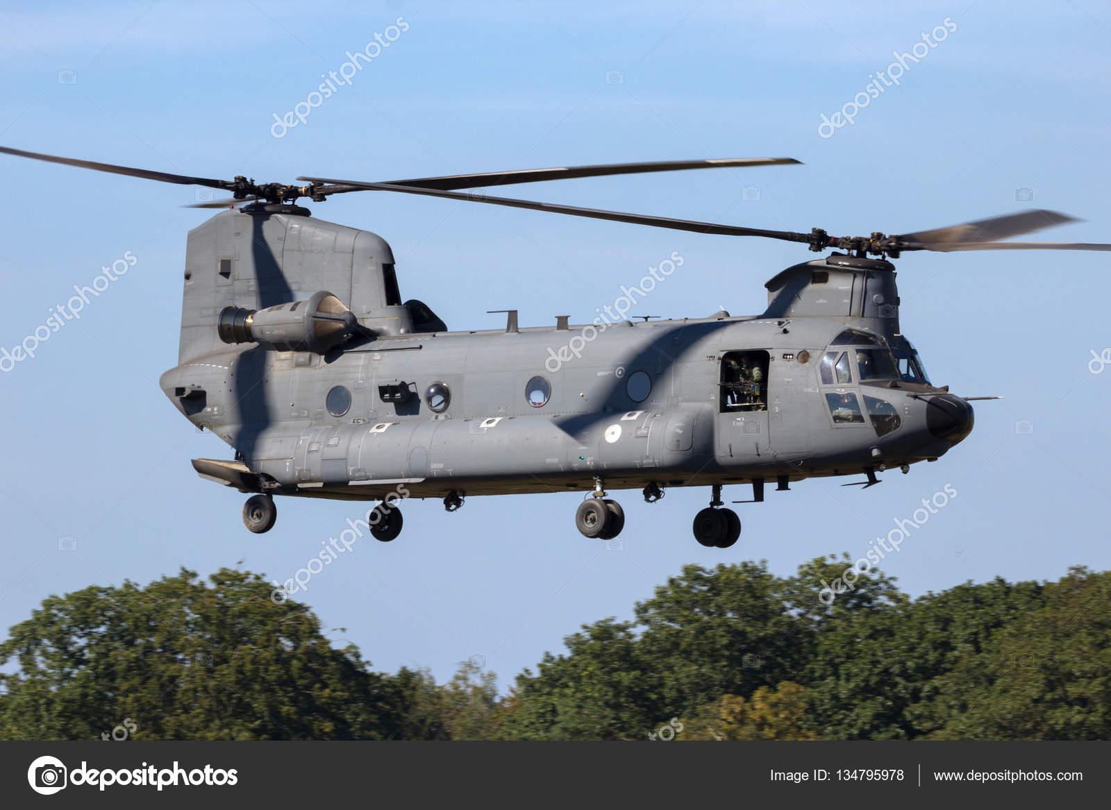 Elicottero Ch : Elicottero da trasporto militare u foto editoriale stock foto