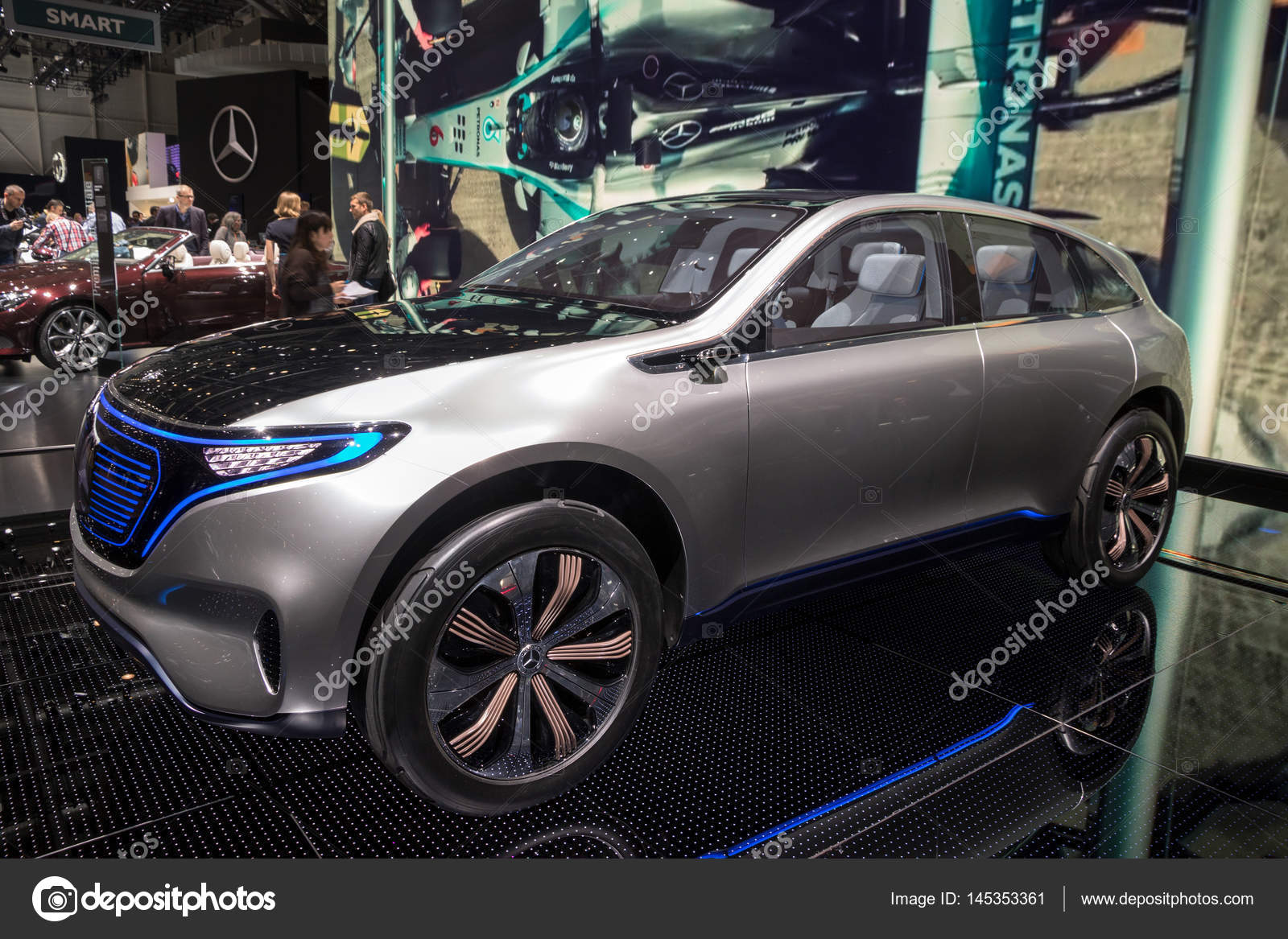 Mercedes-Benz-Eq-Konzept-Auto — Redaktionelles Stockfoto © Foto-VDW ...