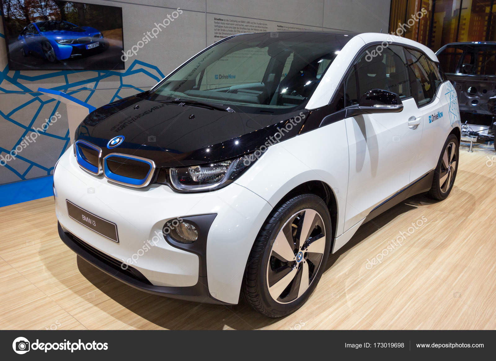 unveils s new design dynamics car architecture inhabitat electric green vision to tesla innovation tag bmw rival i model the dynamic