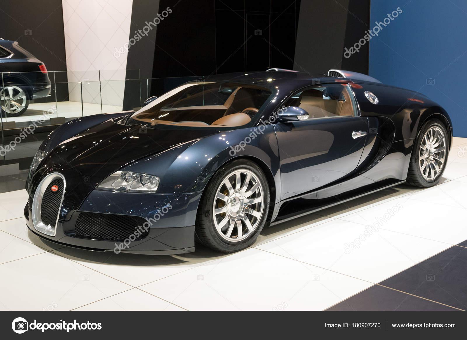bugatti veyron 2018. brussels - jan 10, 2018: bugatti veyron sports car showcased at the brussels motor show. \u2014 photo by foto-vdw 2018