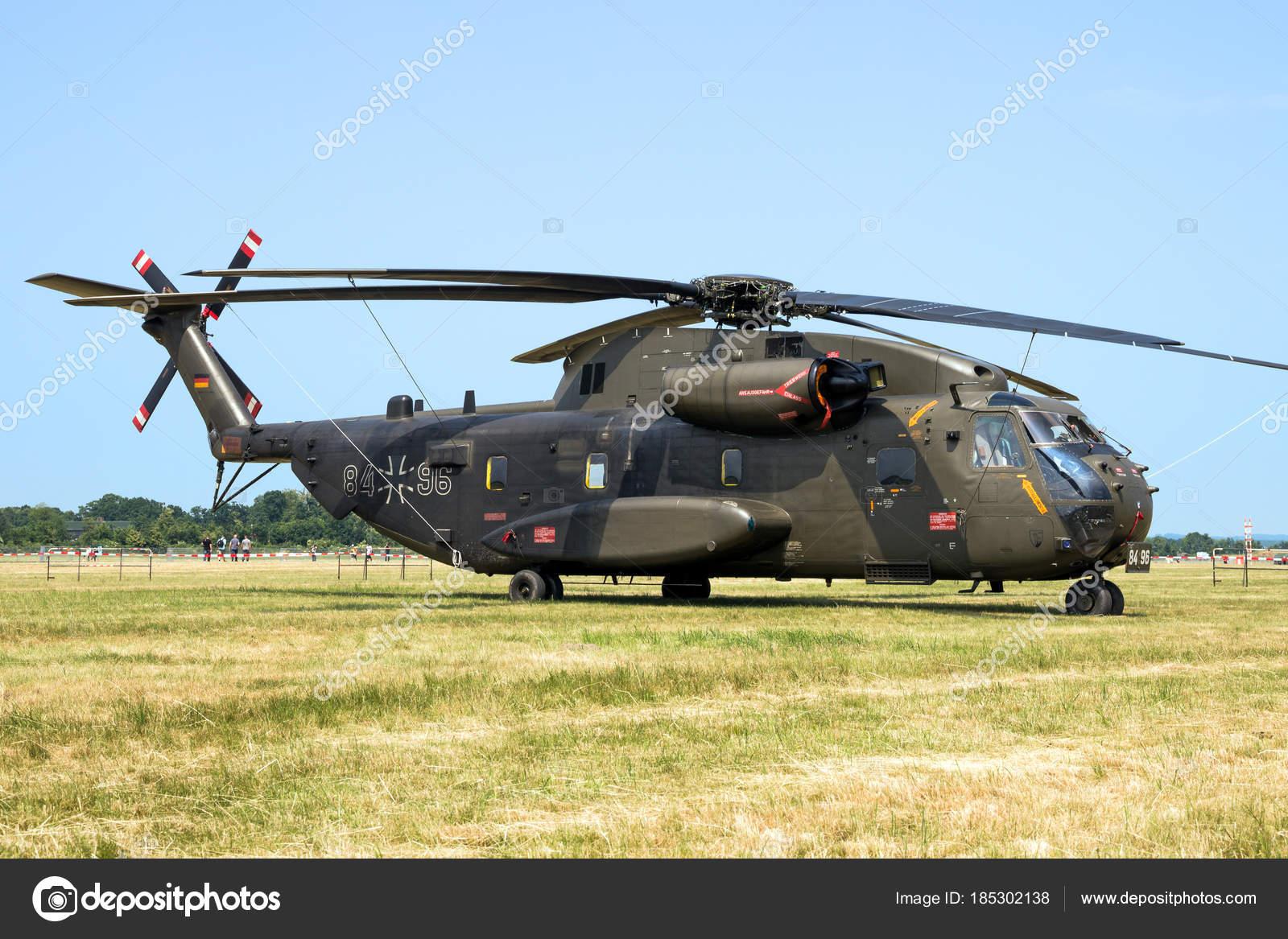 Elicottero Ch : Elicottero da trasporto germania esercito sikorsky ch u foto