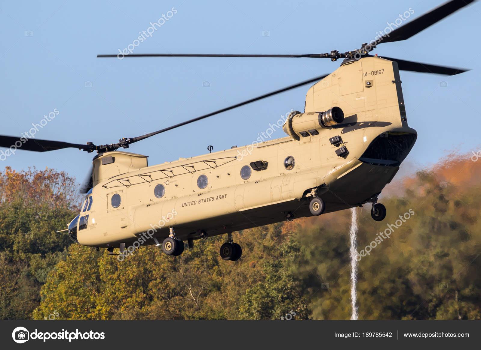 Elicottero Ch : Elicottero da trasporto boeing ch chinook u foto editoriale