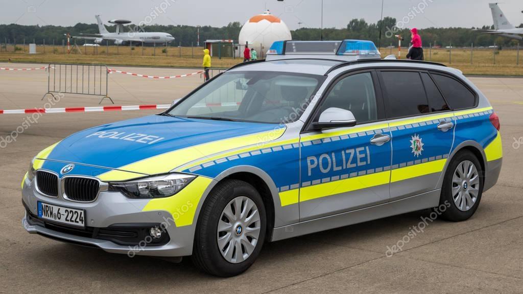 voiture de police allemande bmw photo ditoriale foto vdw 189785534. Black Bedroom Furniture Sets. Home Design Ideas