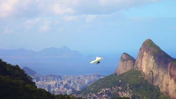 Flight of the hang glider in Pedra Bonita in Rio de Janeiro