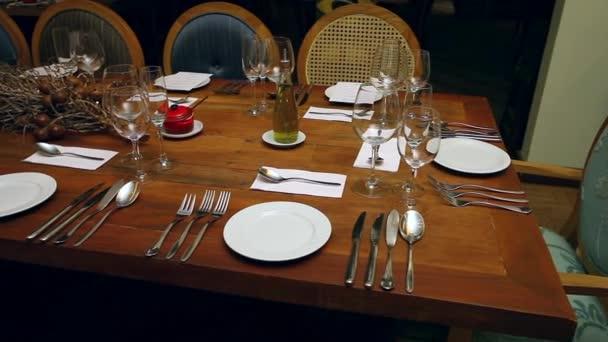 Merveilleux Close View Restaurant Table Setting U2014 Stock Video