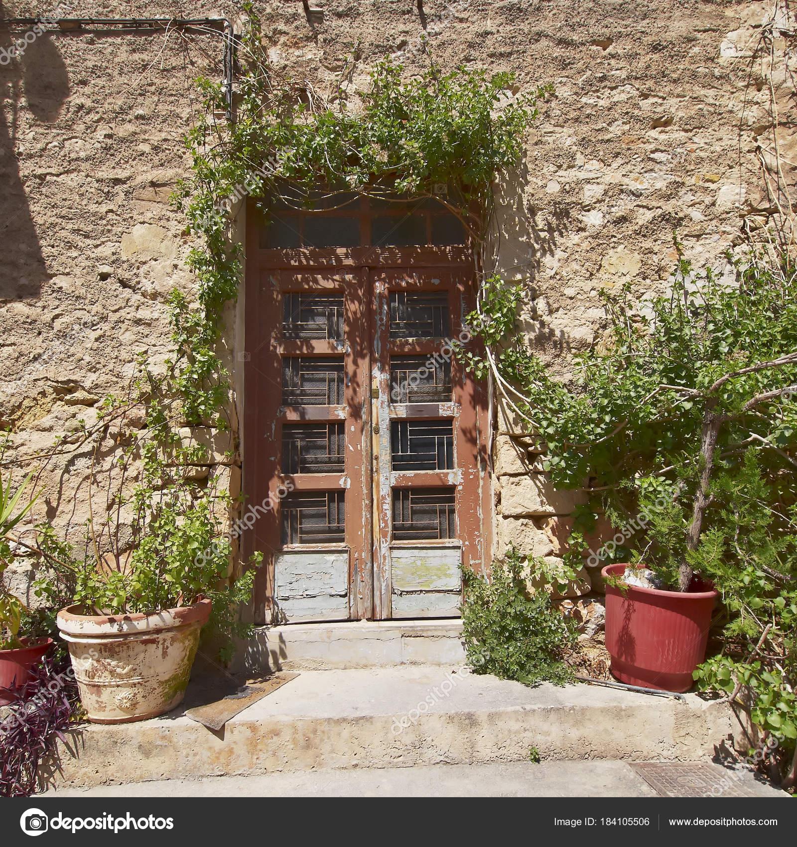 Puerta Casa Vintage Muro Piedra Atenas Grecia Fotos de Stock