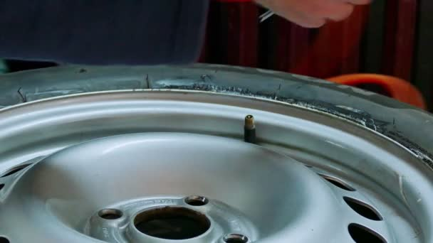 Nafukovací pneumatiky pro auto