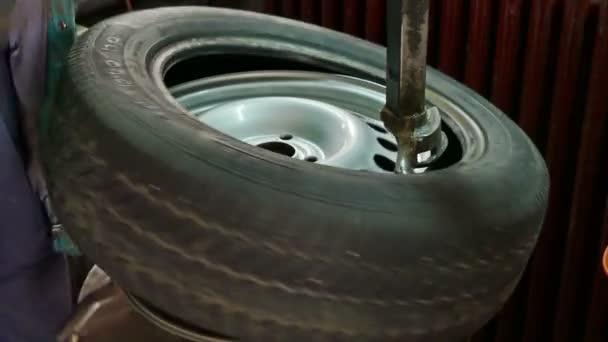 Csere gumik autószervíz