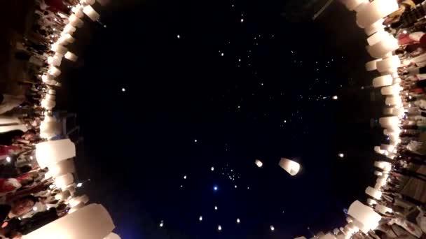 Lanna Dhutanka, November 11, 2019 - Many Peoples Floating Fire Sky Lanterns Up To The Sky In Yee Peng Lanna International Festival, Destination Travel Of Chiang Mai, Thailand (VR 360 Camera shot)