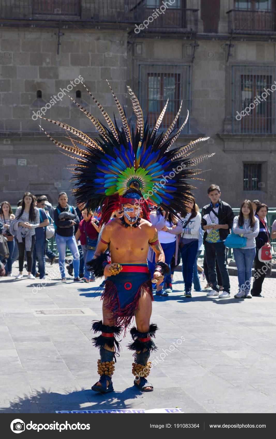 Penacho Azteca Vector