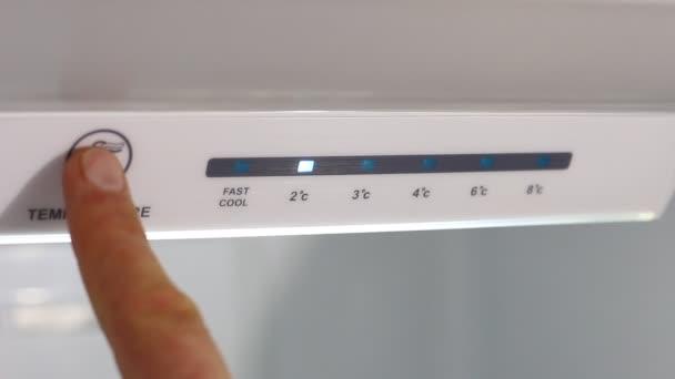 A hőmérséklet a hűtőben beállítása