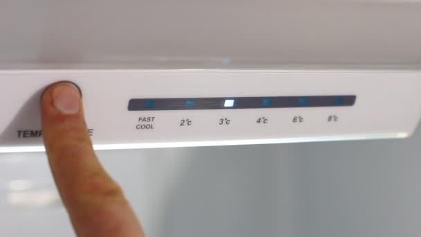 Nastavení teploty chladničky. Teplota nahoru. Elektronické řízení. Dotykový Panel. Úspory energie