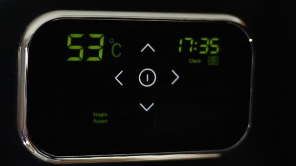 Chytré domácí automatizace. Řízení teploty kdekoli