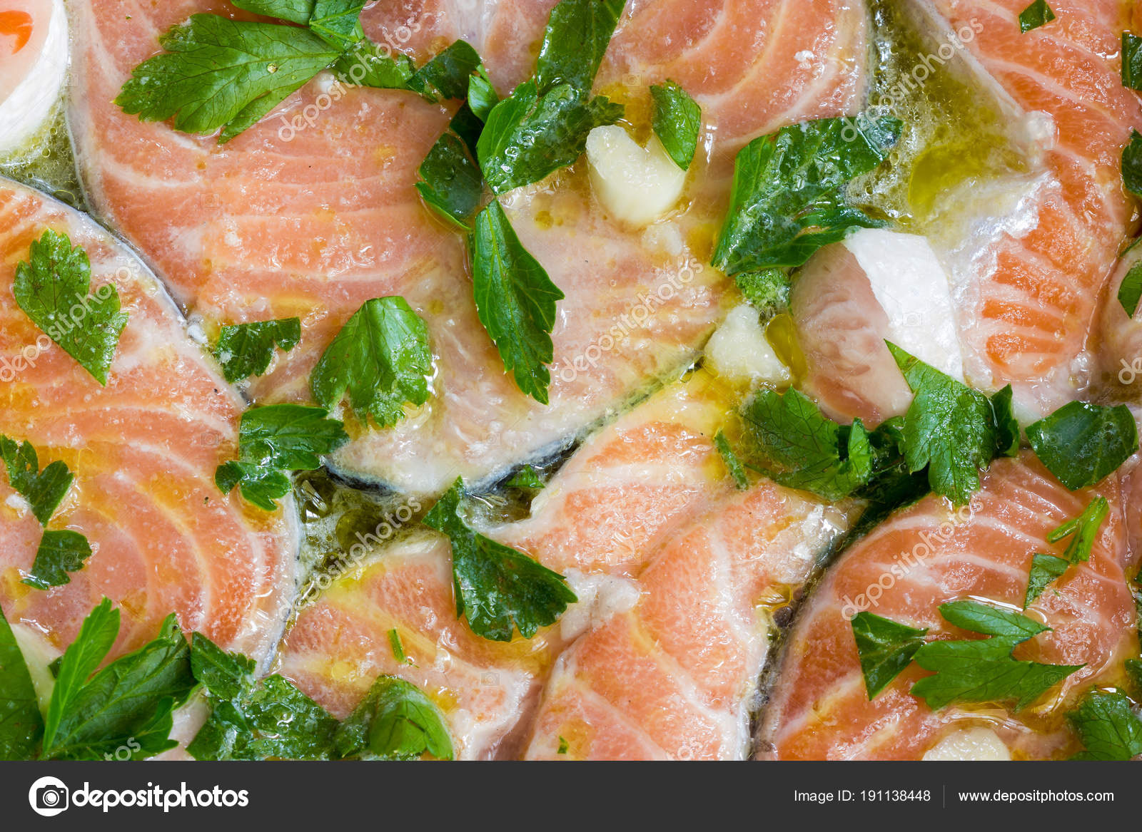 Cucinare Il Salmone Al Forno Foto Stock C Fpwing C 191138448