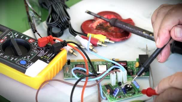 Pracoviště Elektronik