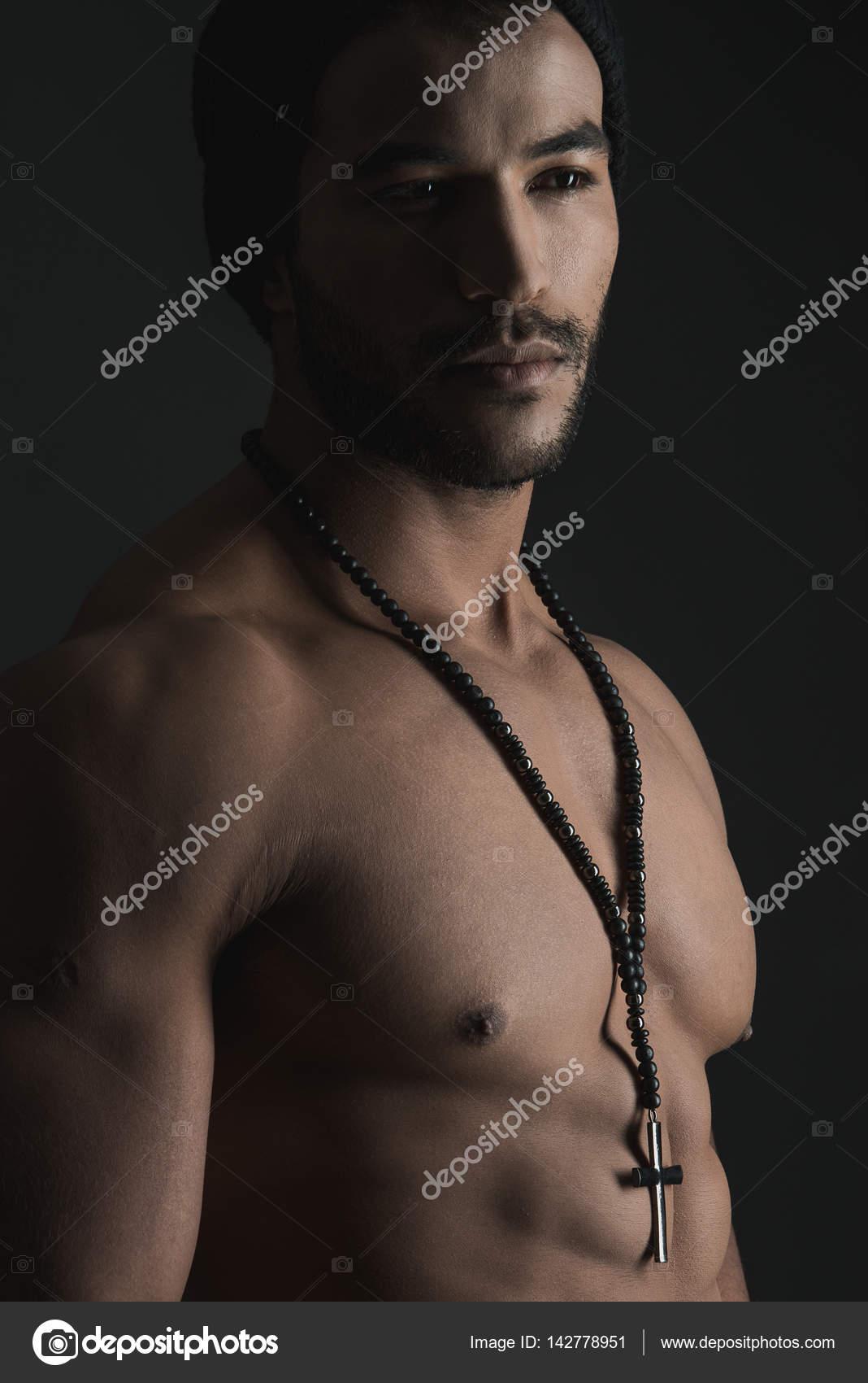 modello nudo posa come ottenere moglie per provare il sesso anale