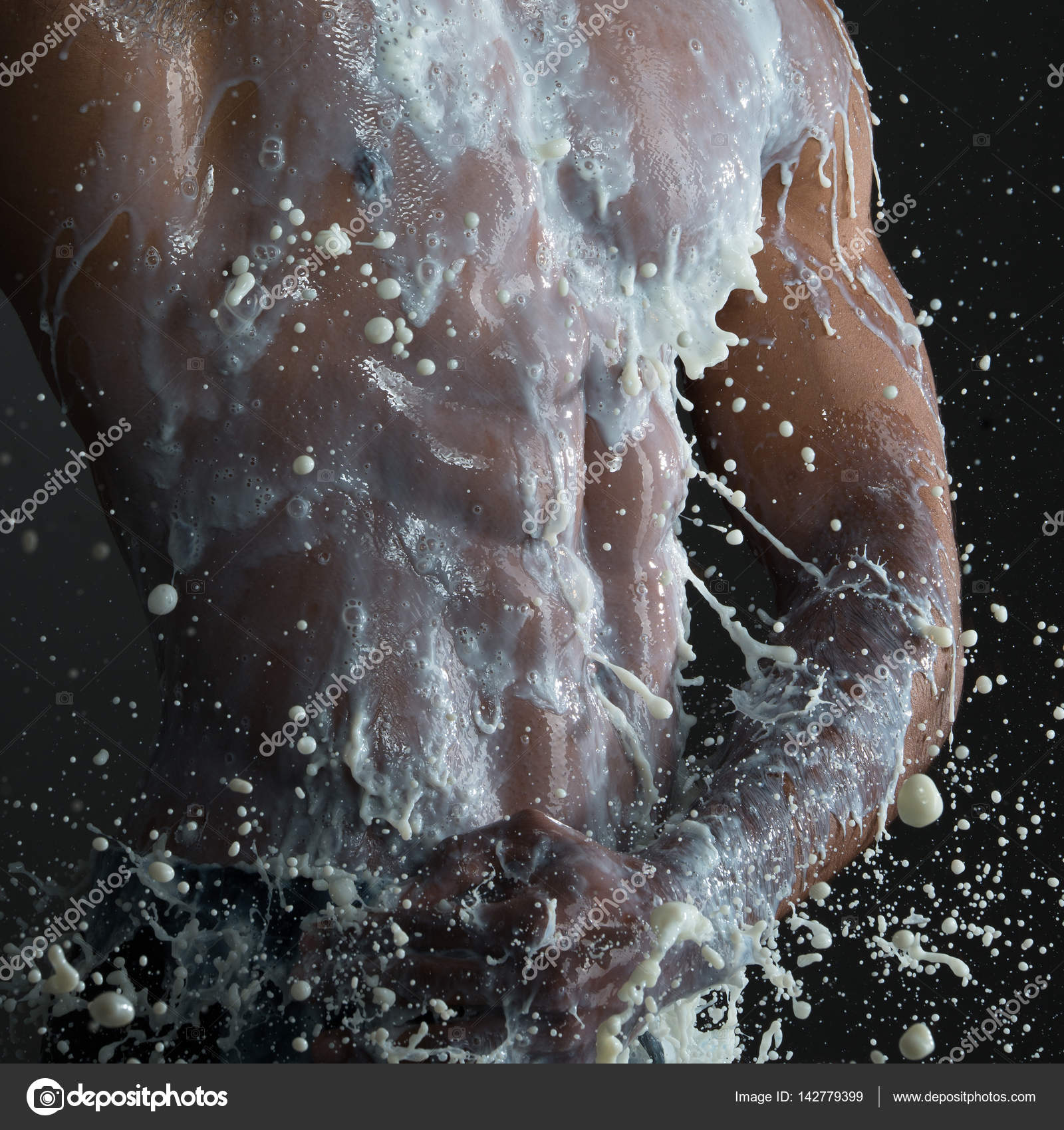 αρσενικά μοντέλα γυμνά