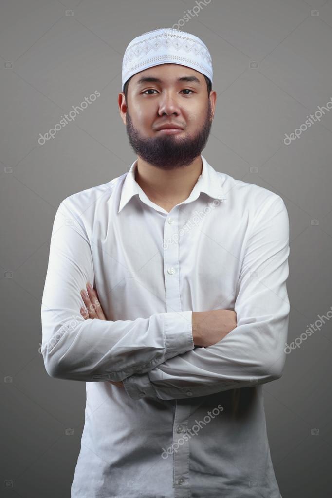 Weißer Kerl aus muslim Mädchen