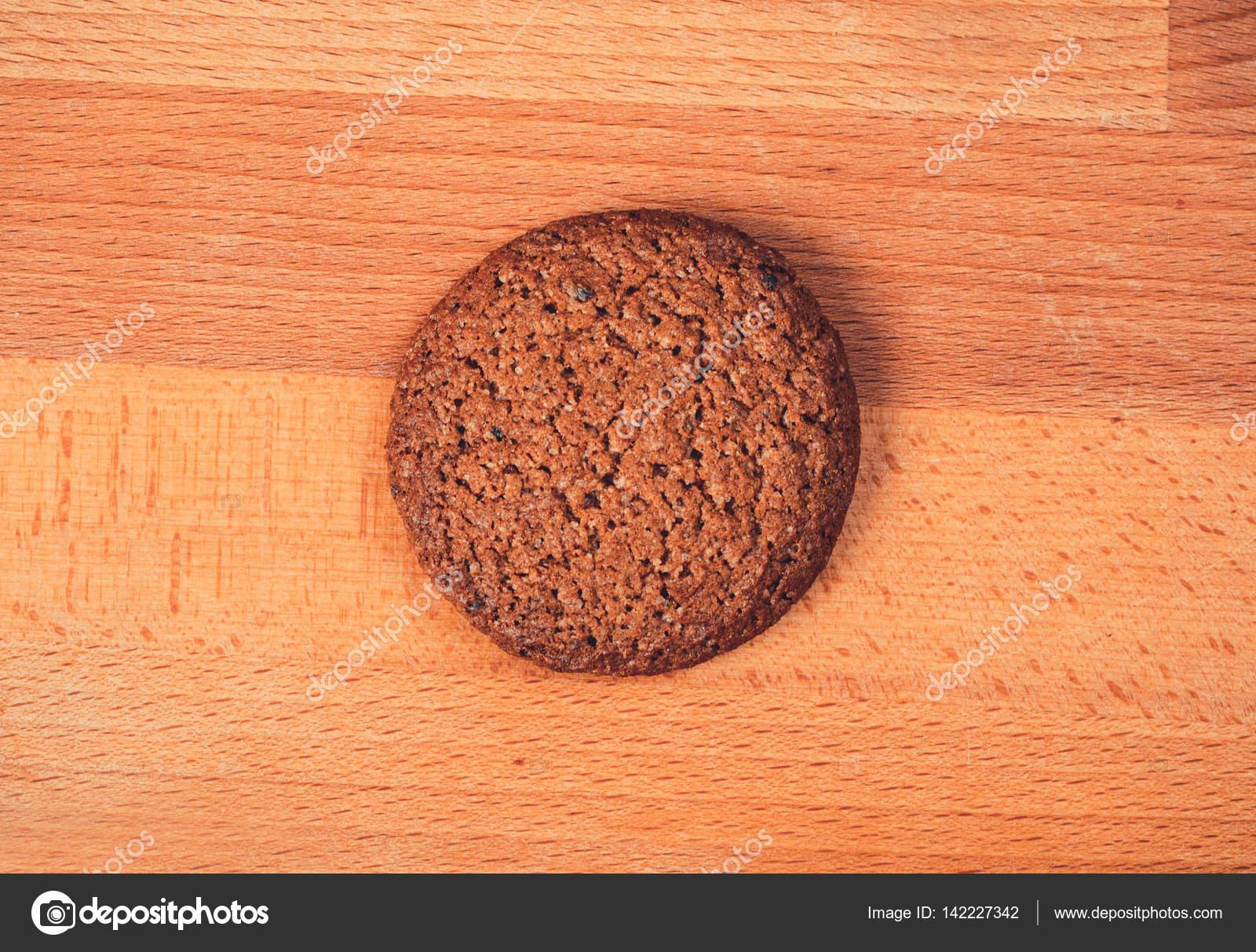 Biscotti d avena fatti in casa su un fondo di legno biscotti di