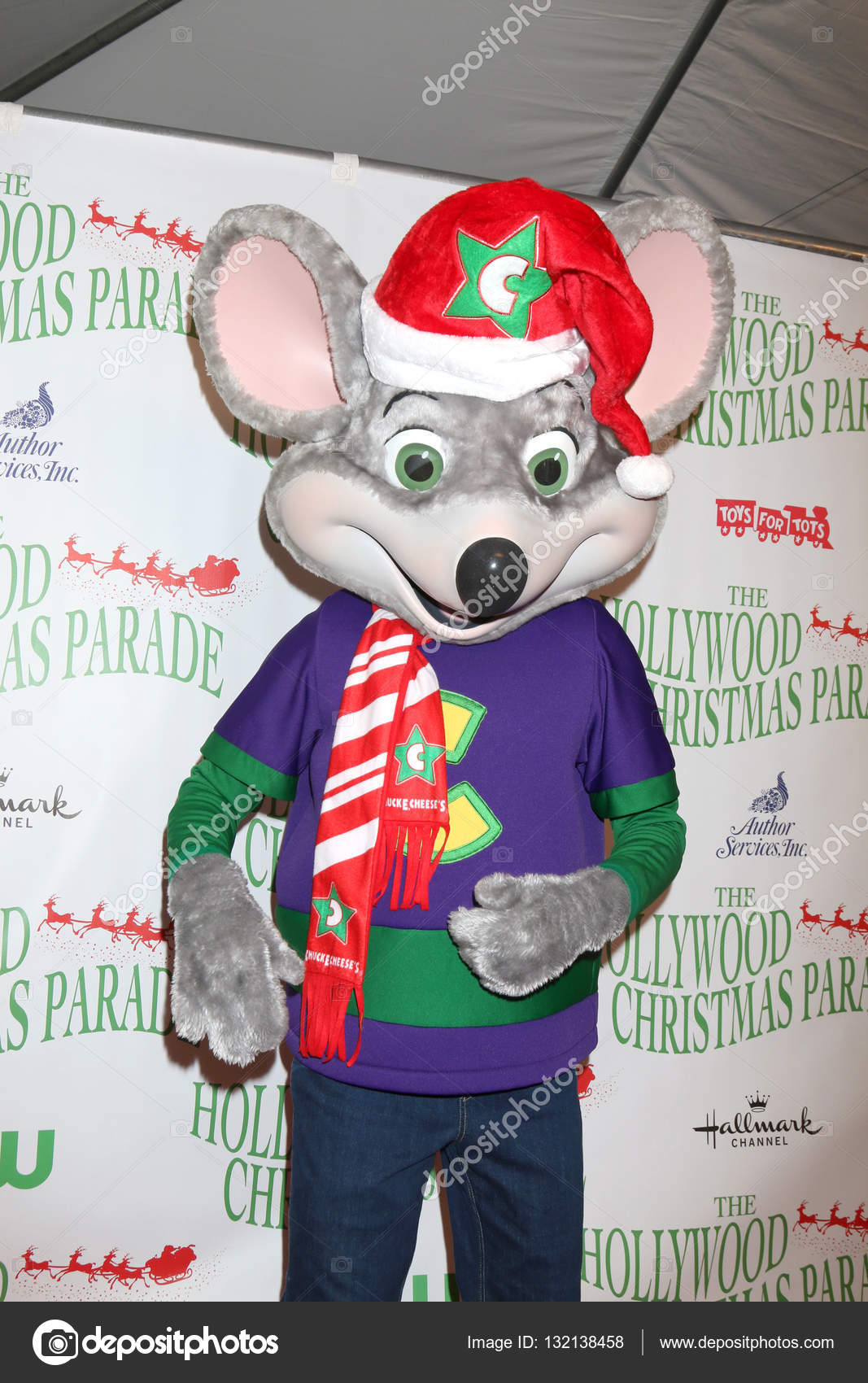 Chuck E Cheese Christmas.Chuck E Cheese At The 85th Annual Hollywood Christmas