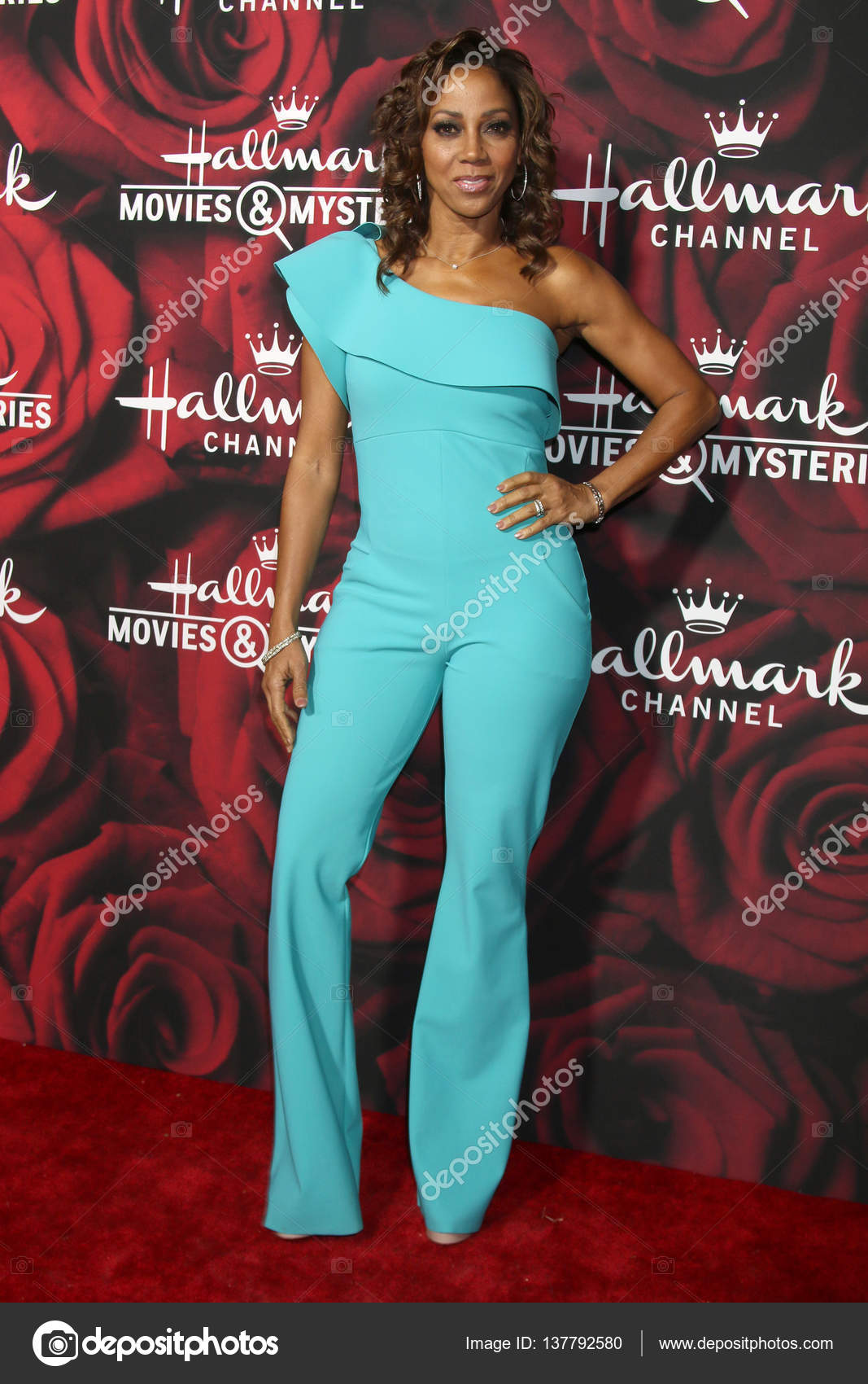 images Holly Robinson Peete