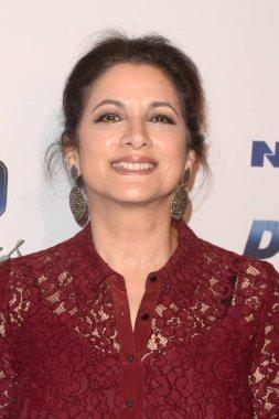 actress Saundra Santiago