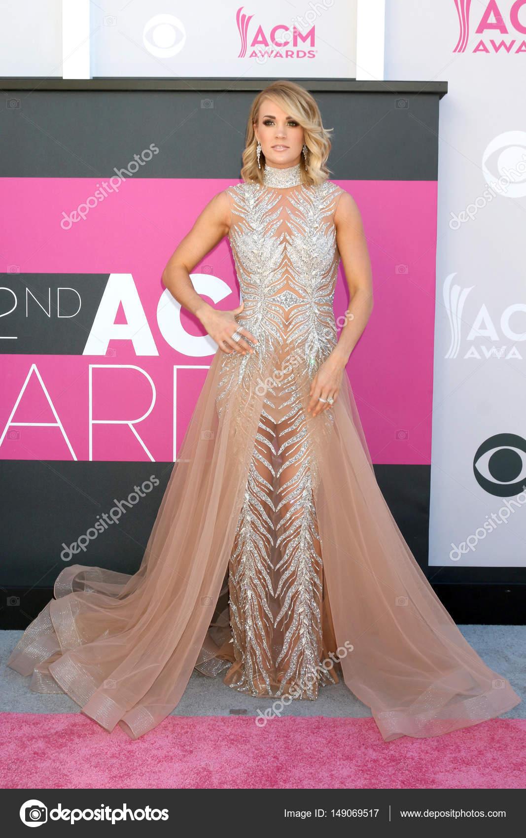 Dorable Vestido De Novia De Carrie Underwoods Ornamento - Colección ...