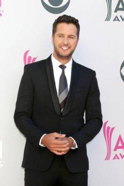 singer Luke Bryan