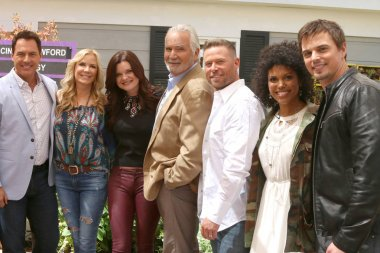 Mark Steines, Katherine Kelly Lang, Heather Tom, John McCook, Jacob Young, Karla Mosley, Darin Brooks