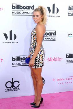 Singer Rachel Platten