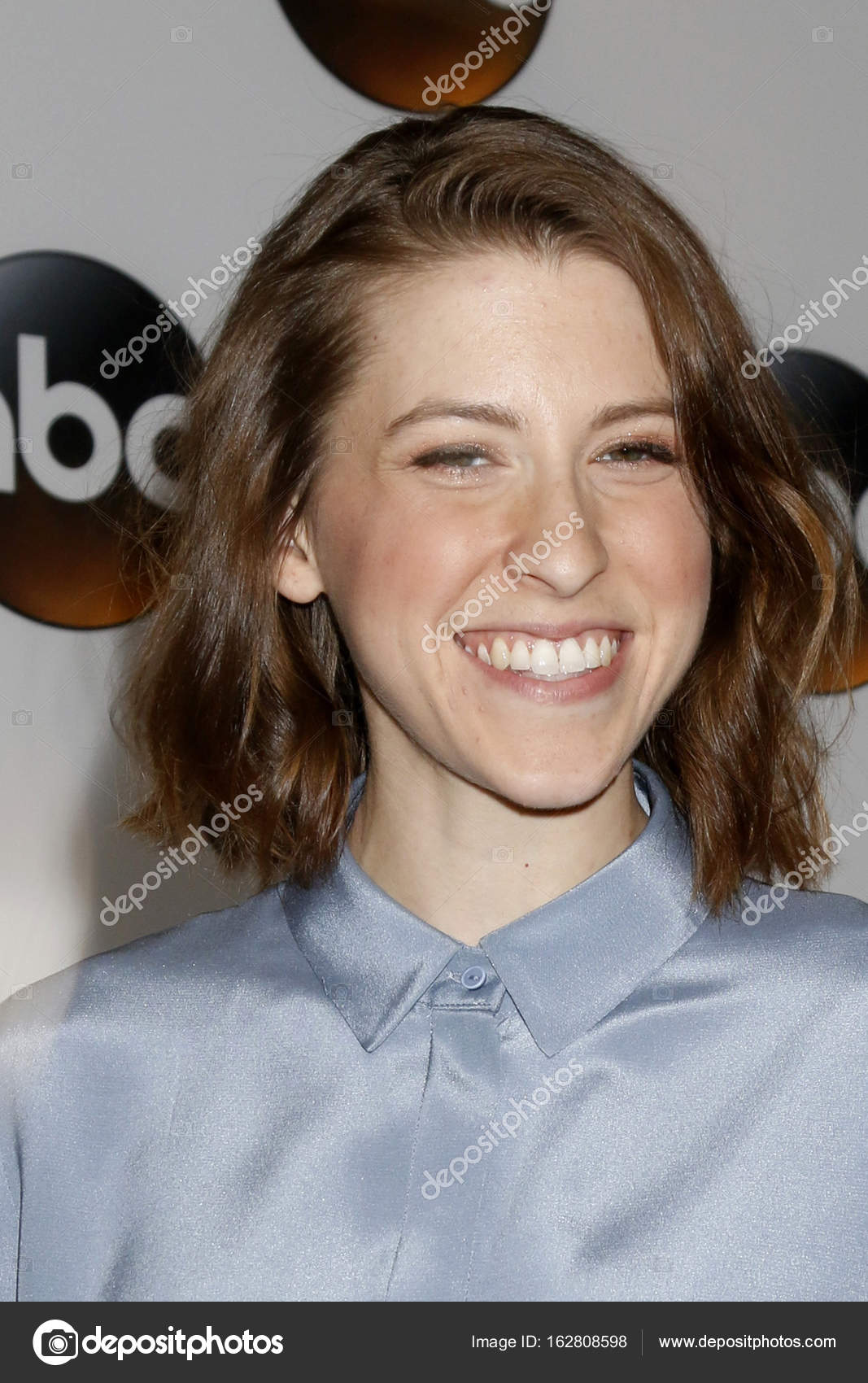 Eden Sher Nude Photos 8