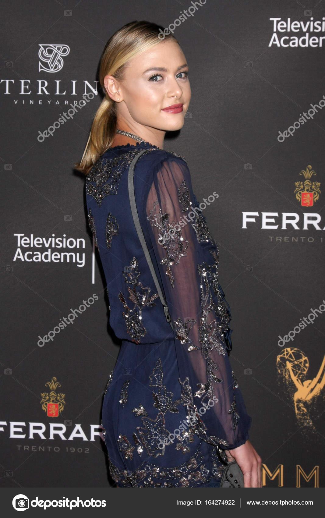 foto Anne Hathaway born November 12, 1982 (age 35)