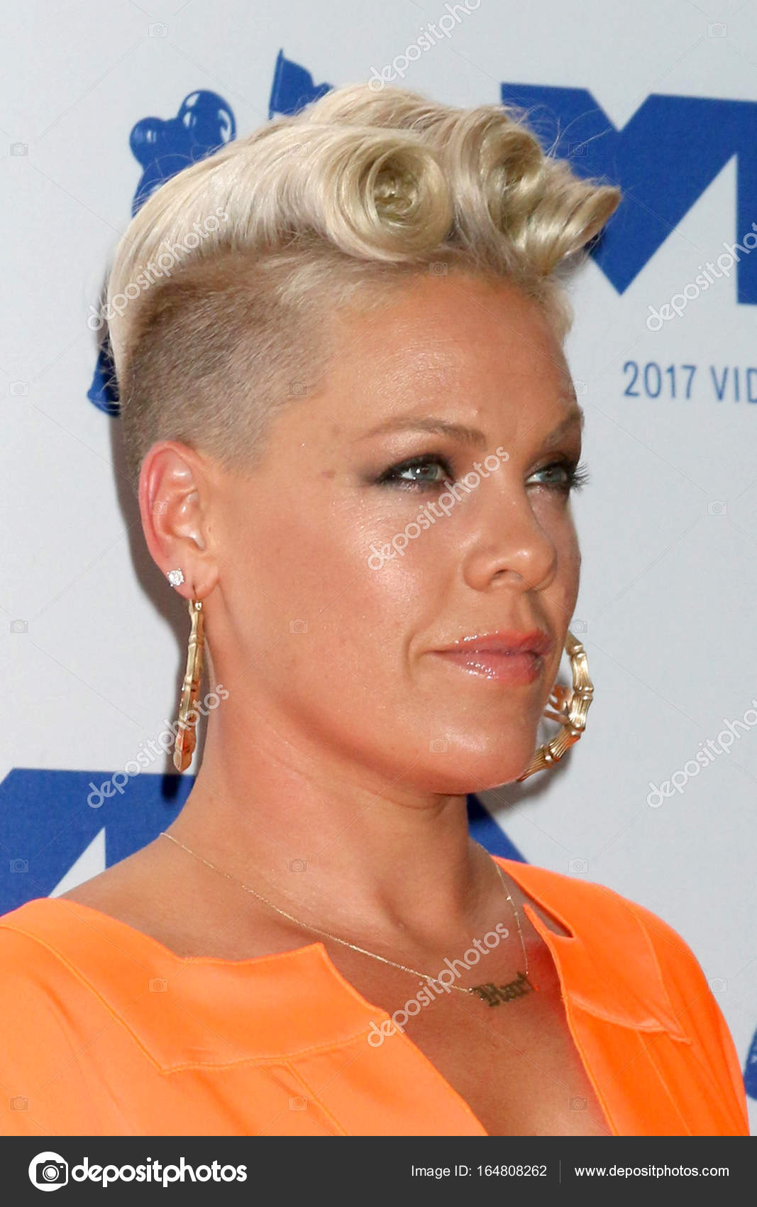 from Valentino alecia beth moore sex