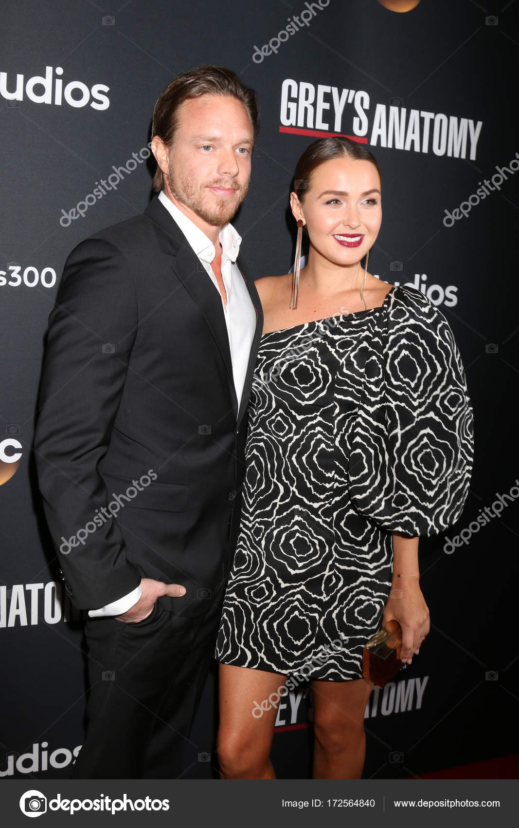 Actors Matthew Alan with Camilla Luddington – Stock Editorial Photo ...