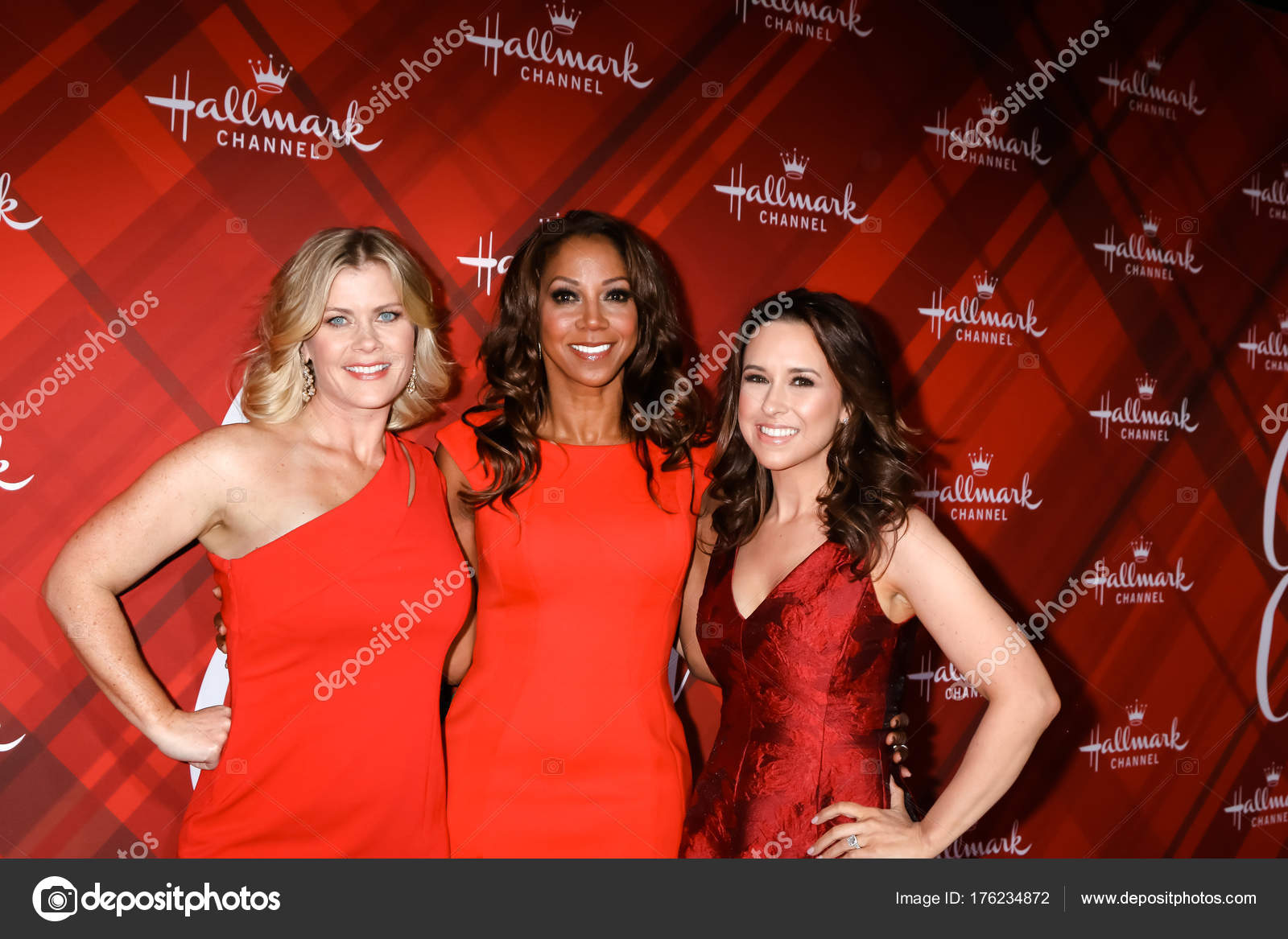 los angeles dec 4 alison sweeney holly robinson peete lacey chabert at the christmas at holly lodge screening at 189 the grove drive on december 4 - The Christmas Lodge