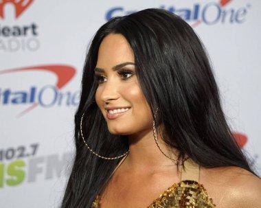 actress Demi Lovato