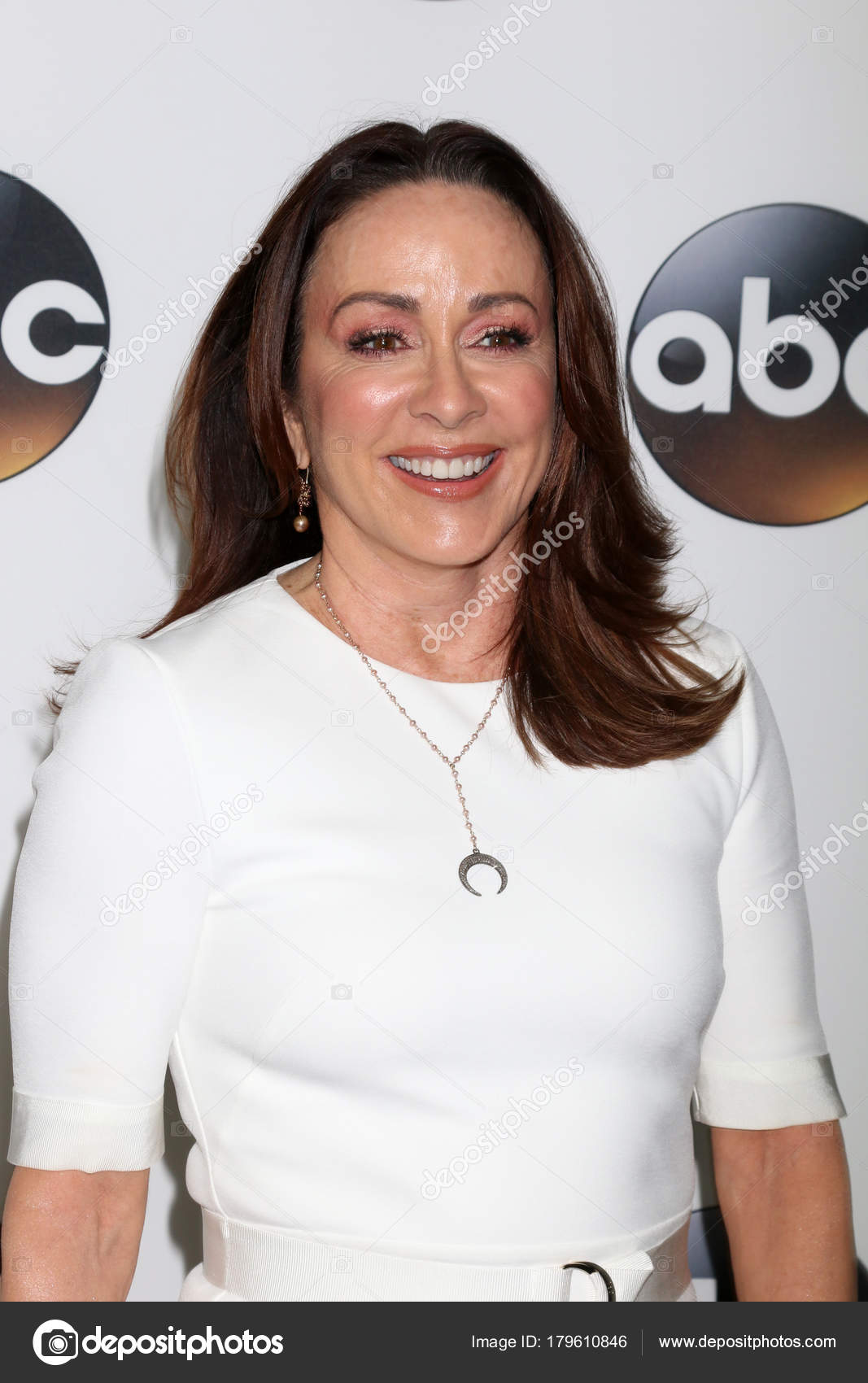 Patricia Heaton Nude Photos 13