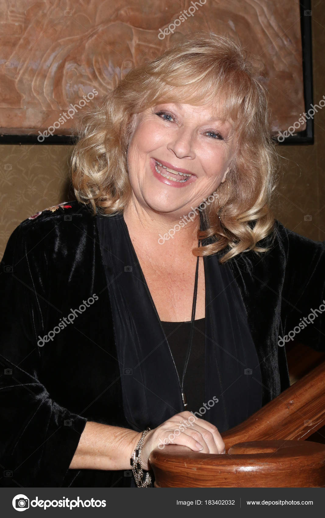 Emily Dunn (actress),Natasha Parry XXX pictures Bonnie Lynn Fields,Fiona Dourif