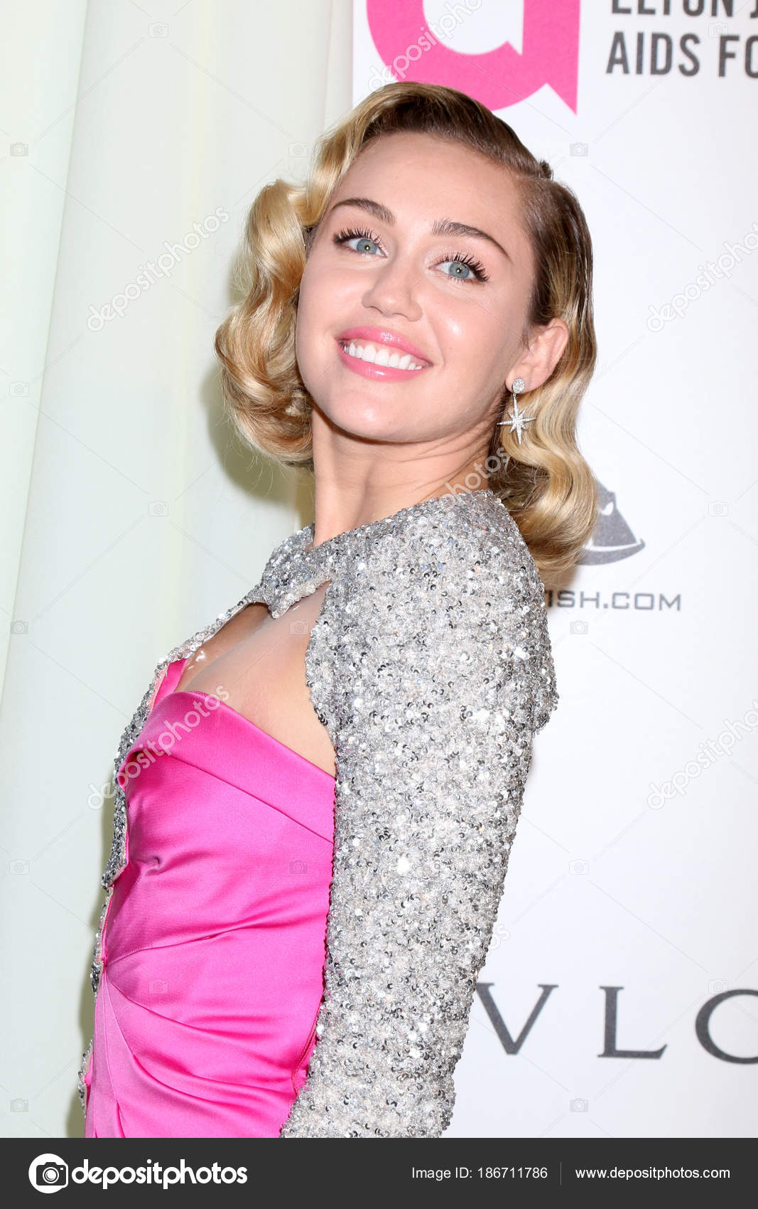 singer miley cyrus – stock editorial photo © jean_nelson #186711786