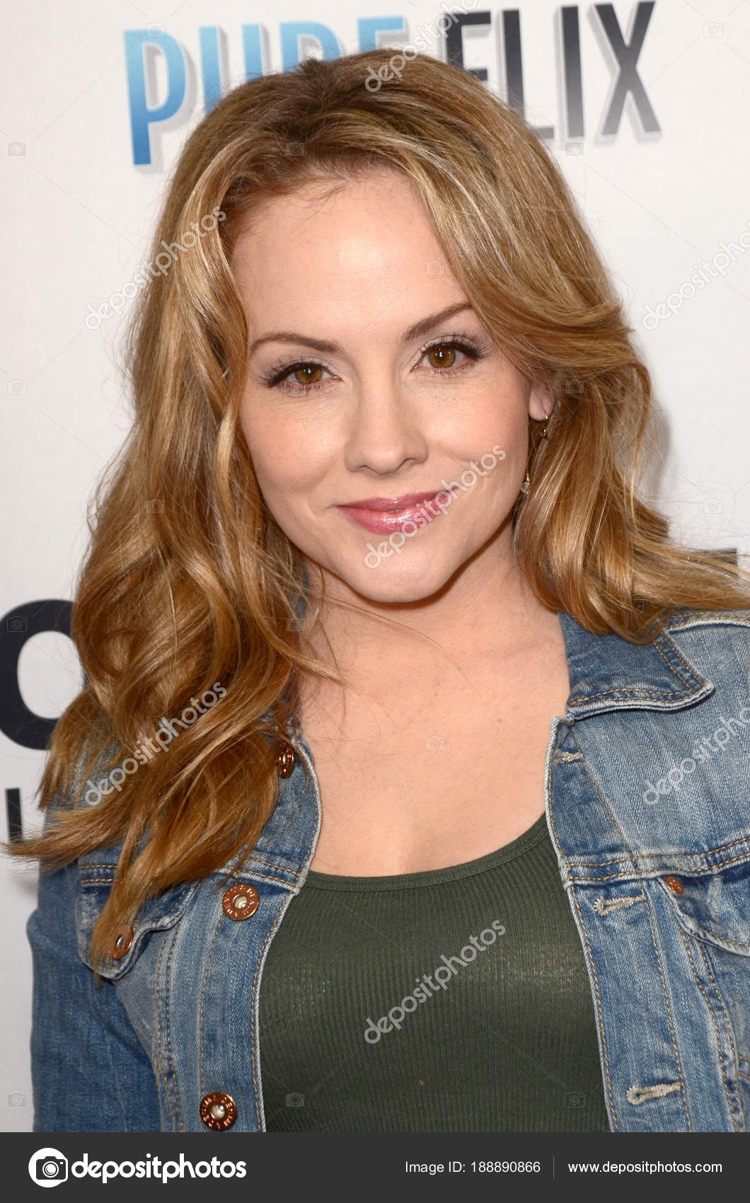 Watch Kelly Stables video