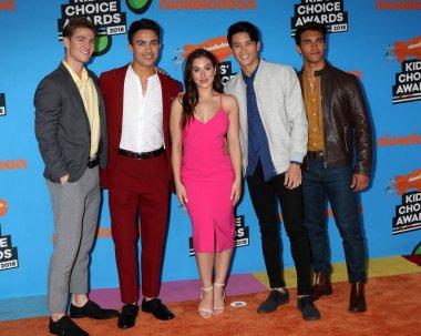 Power Rangers Ninja Steel Cast, Zoe Robins