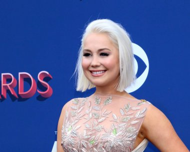 Raelynn at the Academy of Country Music Awards 2018