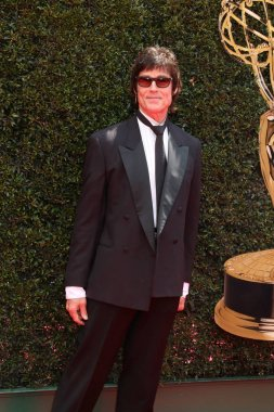 LOS ANGELES - APR 29:  Ronn Moss at the 45th Daytime Emmy Awards at the Pasadena Civic Auditorium on April 29, 2018 in Pasadena, CA